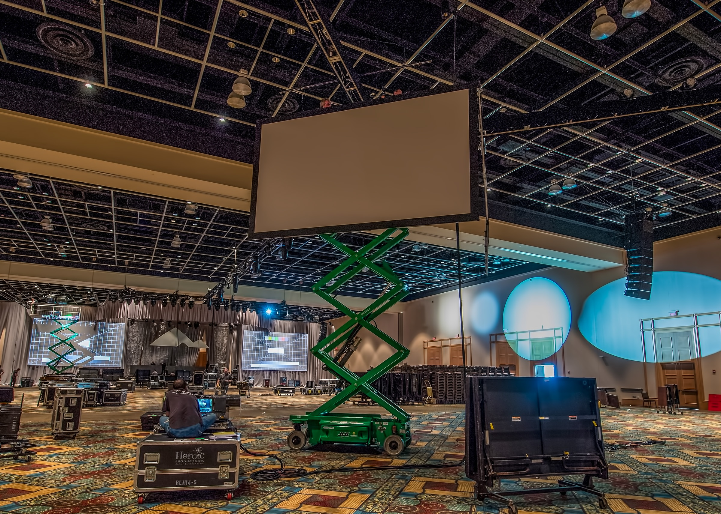 venue ceiling height