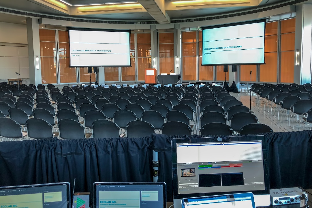 how to plan a small event